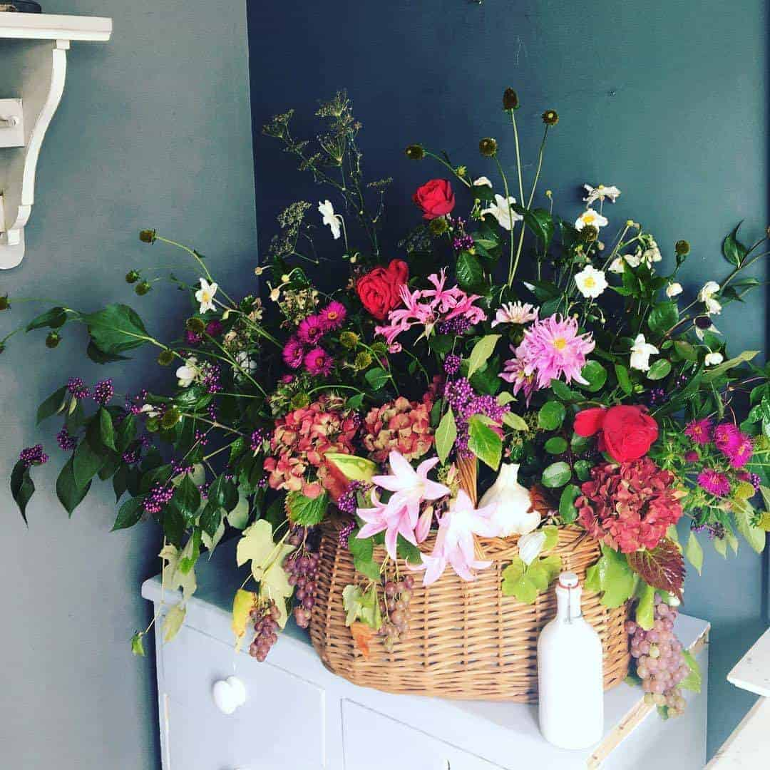 love this giant flower basket arrangement by Georgia Miles, founder of The Sussex Flower school. click through to find out more and to discover founder of the school, Georgia Miles' inspirations, simple pleasures and local loves