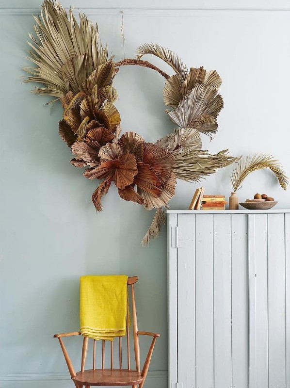 worm-london-flowers-contemporary-wreath