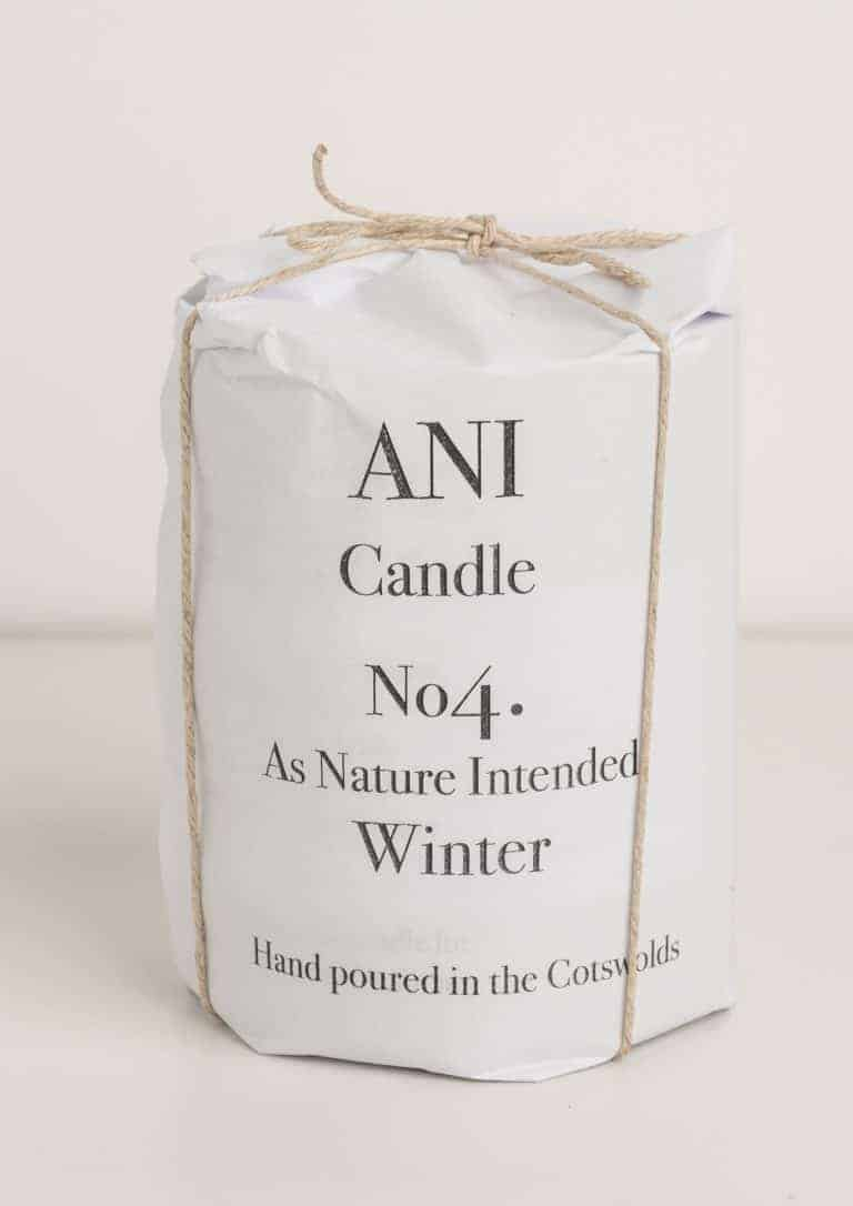 love this natural hand poured aromatherapy candle hand poured by ANI in the Cotswolds with cedarwood, vetivert, pine and sweet orange using sustainable soy vegetable wax and pure essential oils made in the cotswolds. Click through to discover other special handmade natural soy and zero waste refillable candles you'll love