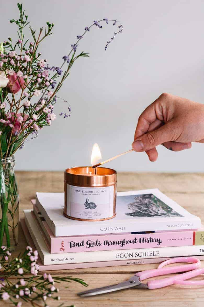 Vegan soy candle blended with geranium essential oil and hand poured by Vegan Bunny Co #soy #candle #rose #geranium #vegan #frombritainwithlove