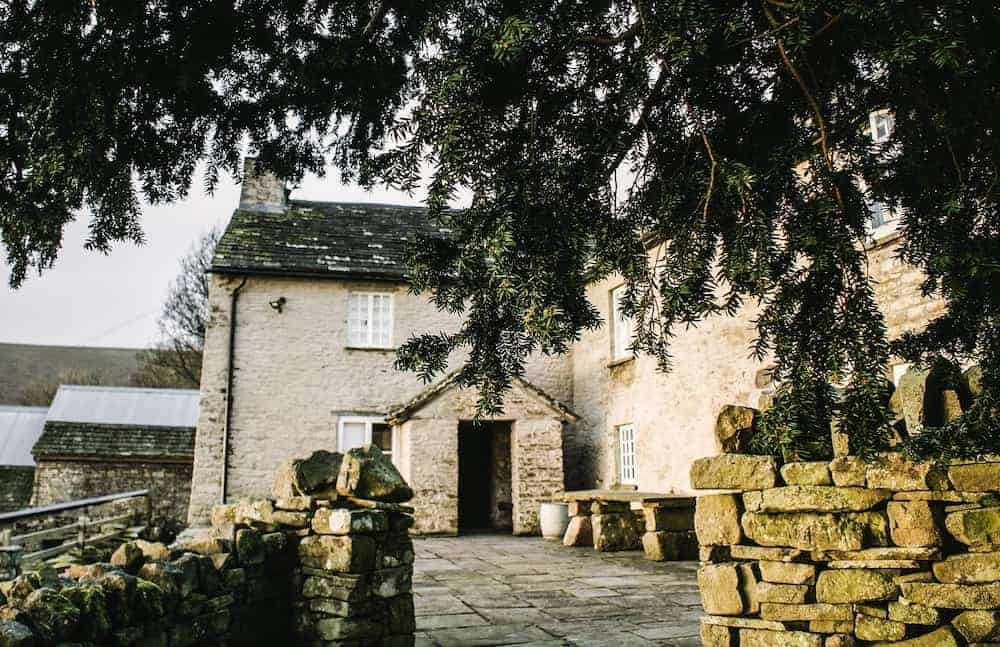loved our stay at patrishow farm in the brecon beacons - a simple, contemporary rustic welsh cottage with thick stone walls, slate floors, old wooden doors and windows and spiral stone staircases. Click through to see more beautiful images of the cottage and the area