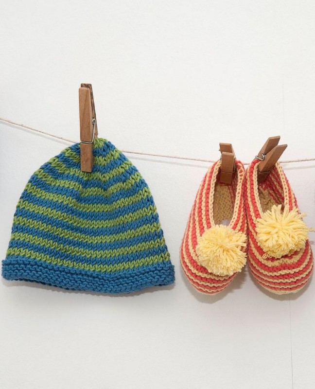 knitaboo-handknitted-baby-booties-hats