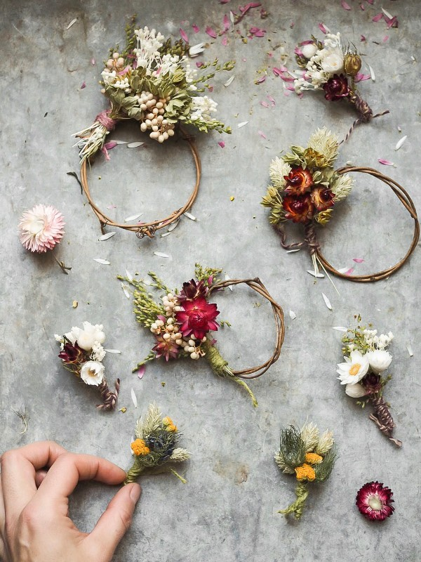 botanical-tales-dried-mini-flower-wreath