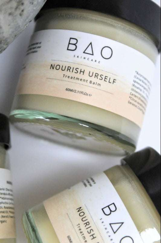 BAO nourish urself treatment balm using pure, natural and organic ingredients. Save £20 on the price of buying all these wonderful beauty products separately. Click through for more details and for other ethical gifts made in the UK that you'll love #naturalskincare #ethicalskincare #beautybalm #handmade #frombritainwithlove
