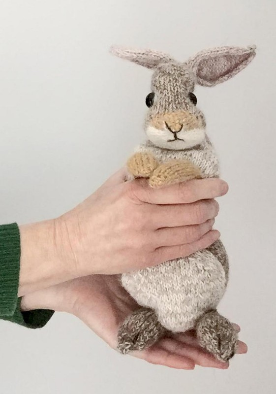 bunny-knitting-pattern-dot-pebbles