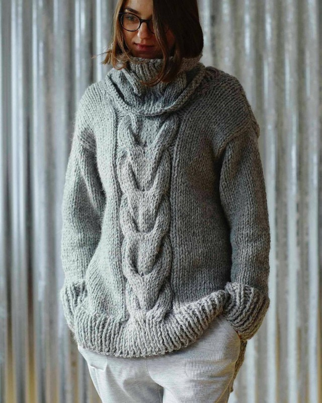 erika-knight-knitting-pattern-chunky-cable-weekend-jumper
