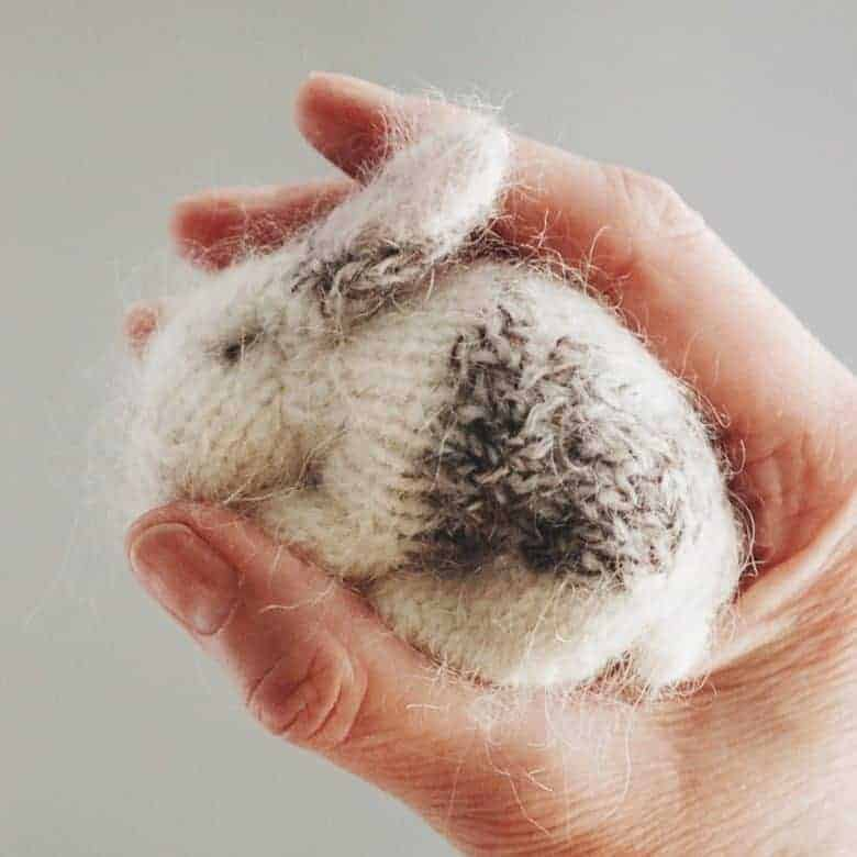 tiny baby rabbit knitting pattern by claire garland and available to buy on Etsy We also share a free baby bunny knitting pattern download too #knitting #pattern #bunny #rabbit #baby