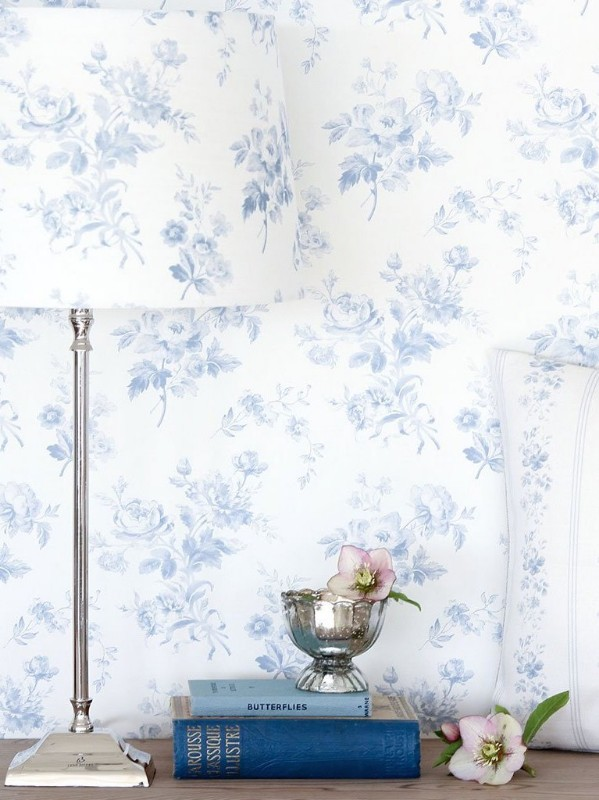 adelaine-loire-blue-floral-country-wallpaper
