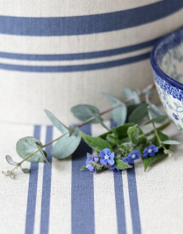 dorset-stripe-blue_linen-furnishing-fabric