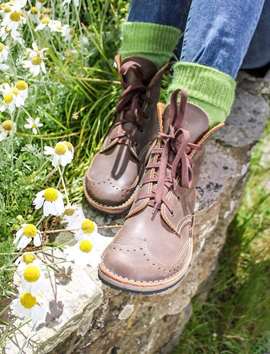 conker-ethical-shoes-brogue-boot-1