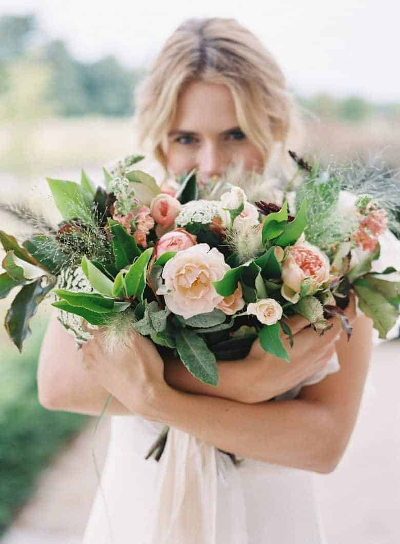 floribunda rose seasonal british wedding flowers and floral workshops using eco friendly and foraged flowers and foliage by Sarah Diligent in the heart of the English countryside working around the UK