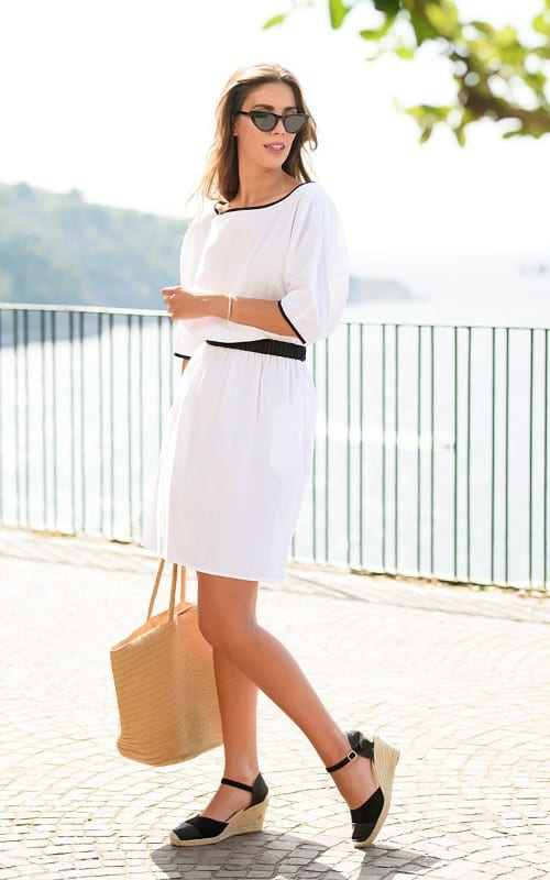 cat-turner-White-Summer-Dress-With-Sleeves-1