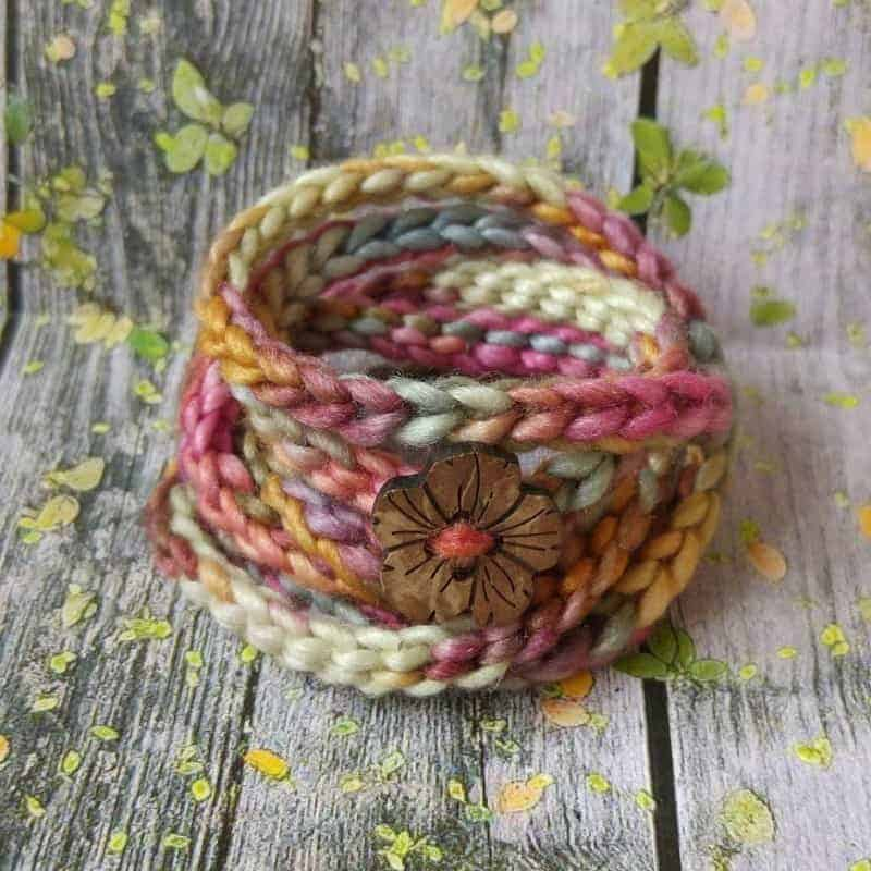 handmade-cotton-friendship-bracelet-wraparound