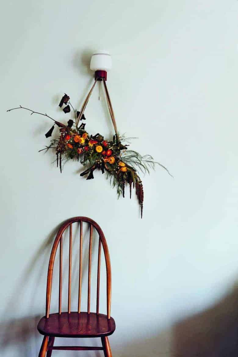 make a foraged dried flower wall hanging - one beautiful lockdown craft idea by bex partridge of botanical tales
