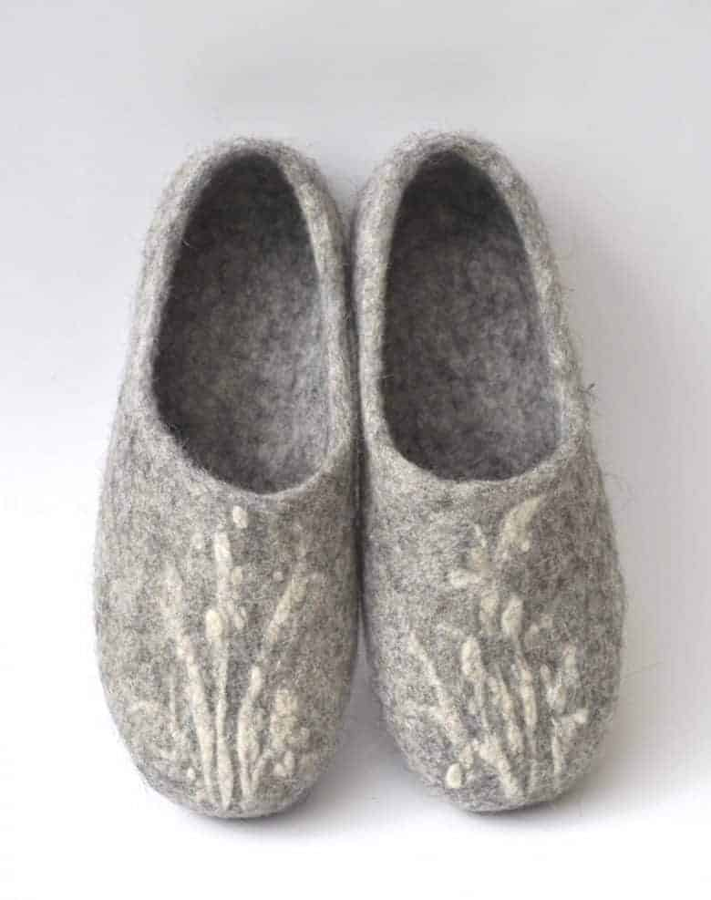 how to make wool felt slippers