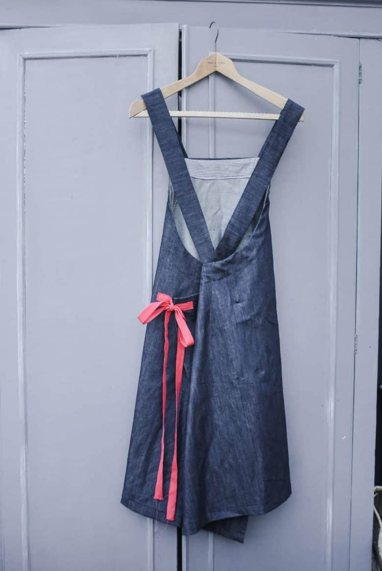 how to make a cross back apron dress #lockdown #craftideas #apron #frombritiainwithlove