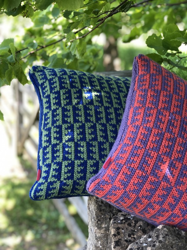 loopy-ewes-british-wool-KnittedCushions