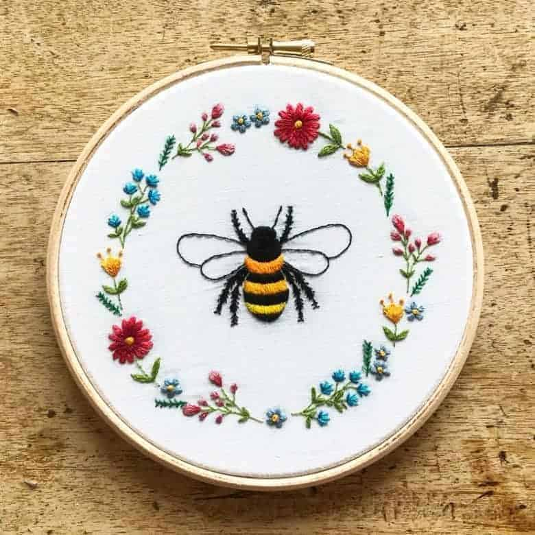 bee and flowers embroidery kit #bee #flowers #floral #embroidery #kit