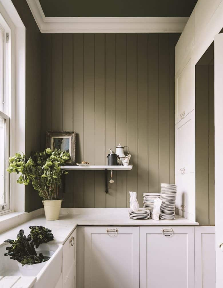 love this rustic sage green and white kitchen painted in Treron paint by Farrow & Ball to create a vintage country modern rustic kitchen feel. Just one of the stunning ideas I've shared #farrowandball #kitchen #paint #treron #green #kitchen #modernrustic