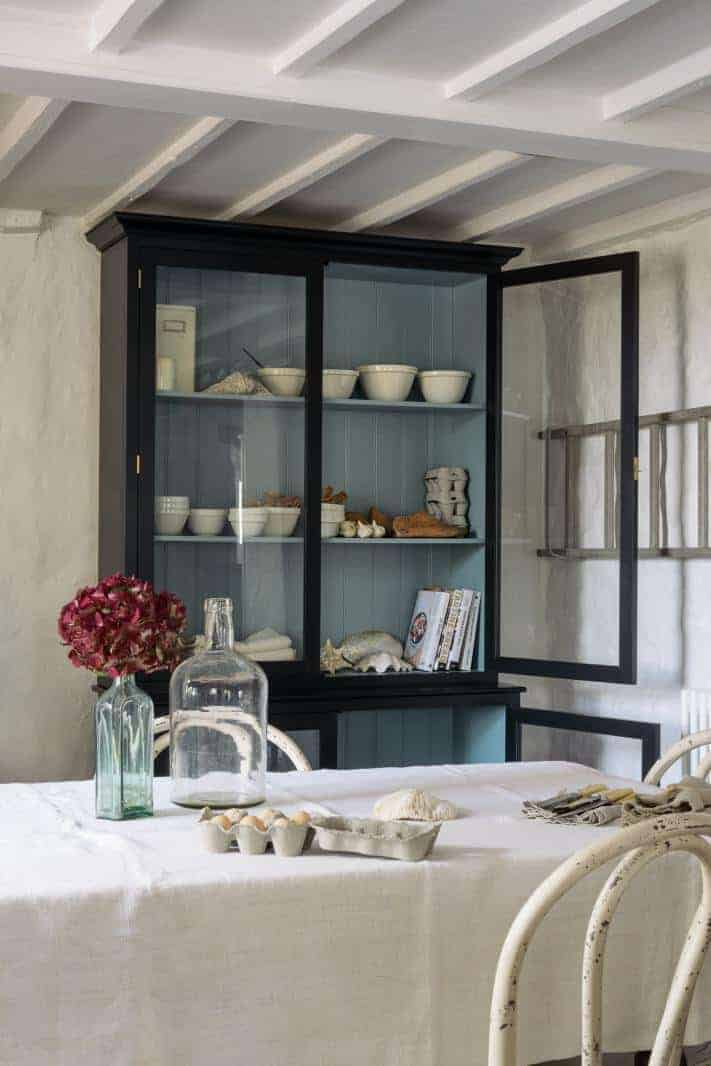 kitchen ideas I love definitely include this glazed cabinet cupboard painted dark in farrow and ball railings with paler blue shade inside - the perfect modern rustic display cabinet #kitchenideas #cupboard #paint #farrowandball #kitchen