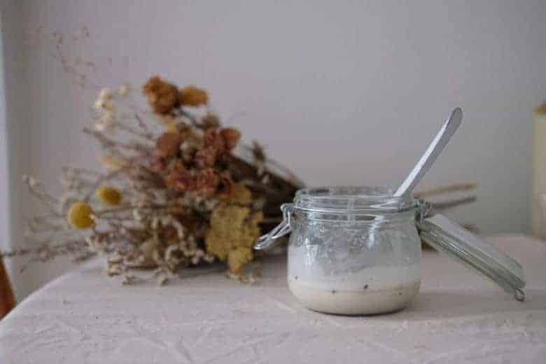 eco friendly cleaning products DIY lavender cream cleaner recipe #ecofriendly #cleaning #DIY #recipe #frombritainwithlove #greenclean