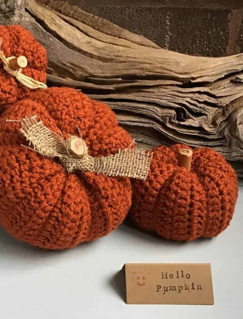 autumn decor ideas crochet pumpkins handmade