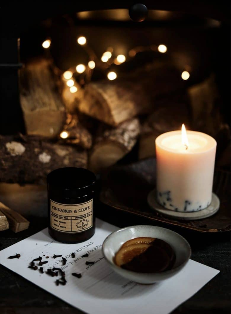christmas candle cinnamon and clove handmade soy wax 100% pure and natural candle from the future kept - one of my picks of the best festive holiday candles around #christmas #candle #natural #soy #spice #orange