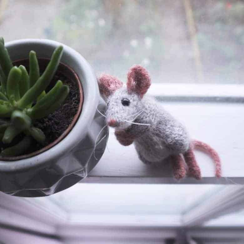 love this christmas mouse knitting pattern with little red sweater by claire garland. We're offering this as a prize to the lucky winners who enter our competition. We've also shared the links to buy the pattern from Etsy if you'd rather not wait #knitting #pattern #mouse #competition #christmas