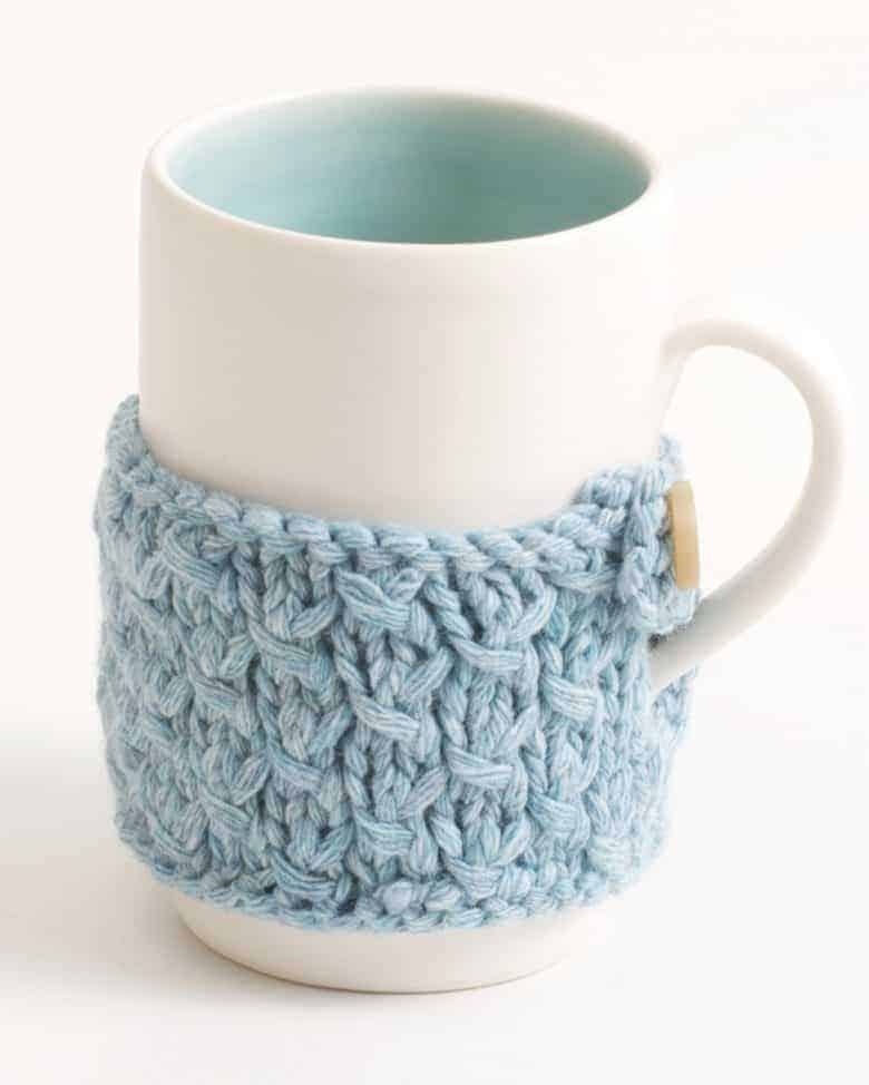love this mug by linda bloomfield hand thrown with hand knitted wool cosy just one of my favourite gift ideas for gardeners #giftideas #gardeners