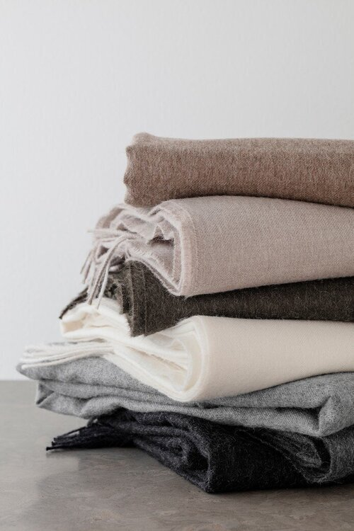 swedish-house-at-home-throws