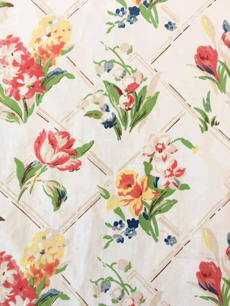 vintage spring fabric daffodils tulips, hyacinths crocus, blossom, snowdrops #spring #fabric #vintage #flowers #etsy #frombritainwithlove