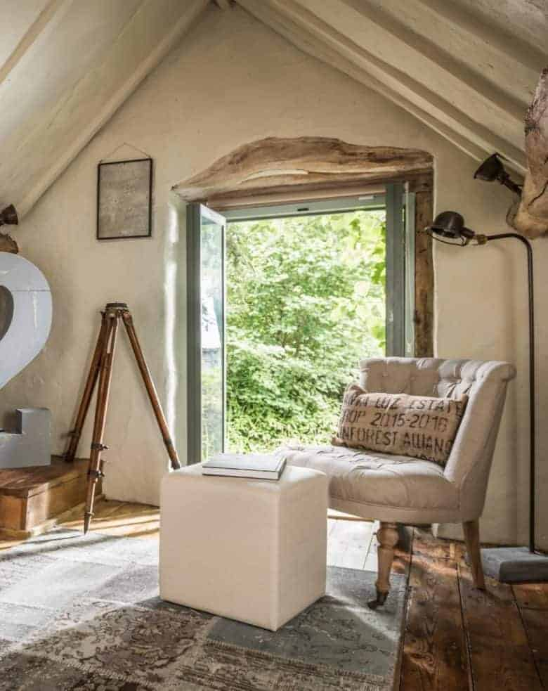 bifold doors and oak beams country cottage #cottage #beams #bifolds #modern