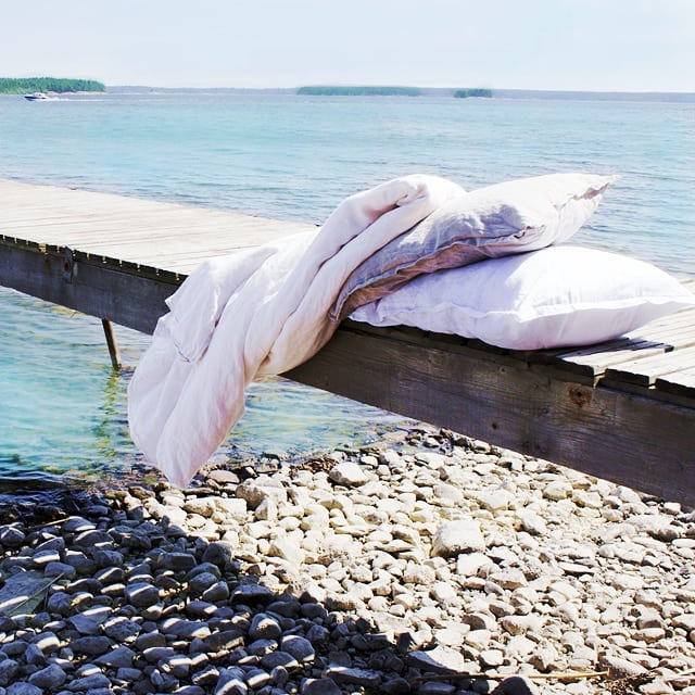 ada-and-ina-linen-bedding