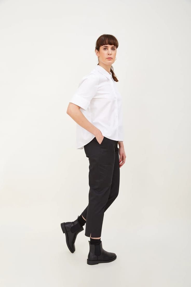 Love these black cigarette ankle grazers trousers made in London and part of sustainable clothing collection by h.huna - a wardrobe of well considered key pieces that all work together perfectly to take you anywhere, in all seasons and that you'll wear for years #black #trousers #anklegrazers #madeinbritain  #sustainable #clothing
