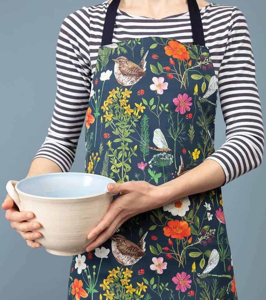 love these ladybird and wren botanical print aprons by Particle Press, inspired by the hedgerows and countryside of Cornwall and made in the UK from original print designs taken from gouache paintings #apron #ladybird #wren #botanical