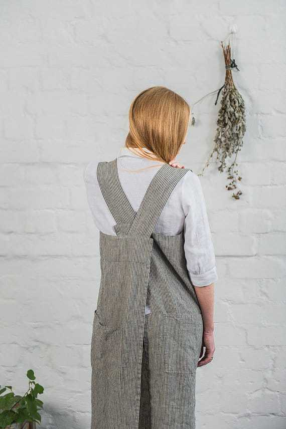 black stripe linen pinafore cross back apron from swedish house at home - just one of the beauties I've picked out that I love and I think you will love too! X #apron #linen #crossback #pinafore