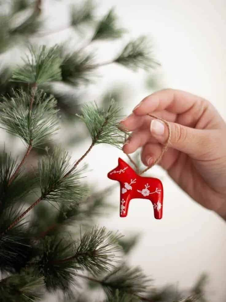 dala horse christmas decoration red and white made in scandinavia ready to hang on the christmas tree #dala #horse #christmas #decoration #scandi